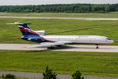 RA-85647 (PlanePixNase) Tags: aircraft airport planespotting haj eddv hannover langenhagen aeroflot tupolev tu154 t154 tu5
