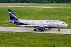 VP-BWH (PlanePixNase) Tags: aircraft airport planespotting haj eddv hannover langenhagen aeroflot airbus 320 a320