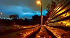On the Bench (Lea Ruiz Donoso) Tags: bench noche niight cielo nubes sky horaazul blue golden farola nocturno
