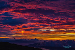 The Ultimate Sunset (mikederrico69) Tags: sky island hawaii islands paradise panoramic tropical meditation sunset red sun mountain colors clouds volcano colorful dusk