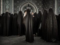 Fatima (Saurí) Tags: blackwoman woman iran people mosque fotografia foto josepmsaurí sauri saurí sauriaj persia street streetphotography love travel viajes fotografiadeviajes