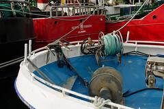 DSC_9650 (adrizufe) Tags: ondarrua ships red blue ngc aplusphoto bizkaia basquecountry adrizufe nikon d7000
