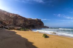 Praia Norte 1044 (_Rjc9666_) Tags: praia beach portugal landscape landmark coastline hdr nazaré praianorte nikond5100 fortedesãomiguelarcanjo voyage travel sea sky seascape tourism viagem stronghold leiria tourisme tokina1224dx2 ©ruijorge9666 cliff 2482 1044