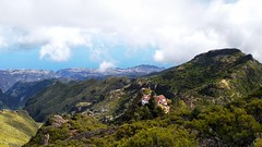 (discoveyvans) Tags: pico ruivo trail madeira portugal nature explore travel solo clouds
