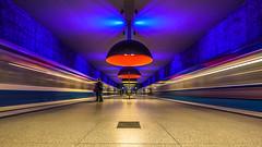 dynamik (K.H.Reichert [ ... ]) Tags: symmetrie architektur subway geometrie railway ubahn westfriedhof station ubahnmuenchen