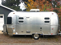 """Cool Kid On The Block"" (Halvorsong) Tags: camper camping silver pod explore discover outside outdoor usa america road roadtrip travel transportation lodging design halvorsong projectamerica frame framed composition airstream classic vintage old oldschool campers"