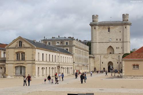 Château de Vincennes : la tour du Village