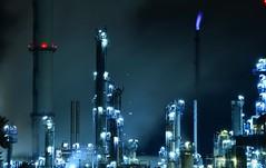 Ingolstadt - Refinery, close up (cnmark) Tags: germany bayern deutschland bavaria oil raffinerie refinery gunvor ingolstadt erdöl desching chimney night noche nacht steam noite nuit schornstein notte nachtaufnahme dampf ©allrightsreserved