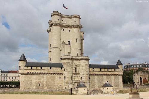 Château de Vincennes : le donjon et sa chemise