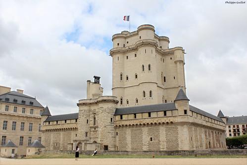 Château de Vincennes : le châtelet et le donjon