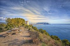 (306/19) Torre del Aguiló (Pablo Arias) Tags: pabloarias photoshop nx2 cielo nubes arquitectura paisaje torre mar agua mediterráneo villajoyosa benidorm alicante