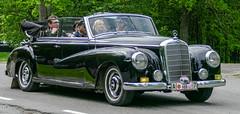 1954 Mercedes-Benz 300D Cabriolet (Gösta Knochenhauer) Tags: 2016 may stockholm sverige sweden capital djurgården gärdesloppet prins bertil memorial car veteran panasonic lumix fz1000 dmcfz1000 schweden suède svezia suecia classic leica lens p9040874nik p9040874 nik