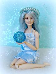 A-Z Challenge 3.0: F - Frozen (Deejay Bafaroy) Tags: azchallenge30ffrozen az challenge 30 ffrozen f barbie fashionistas bluebeauty doll puppe mattel portrait porträt blau 69 blue frozen