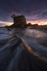 Niño Neptuno (Pablo RG) Tags: santander cantabria paisaje landscape nature amanecer nikon sunrise seascape mar cantabrico playa el camello