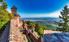 Haut-Koenigsbourg/Alsace 2018 (karlheinz klingbeil) Tags: stone castle schloss turm frankreich chateau alsace tower mauer stein wall france burg hautkoenigsbourg