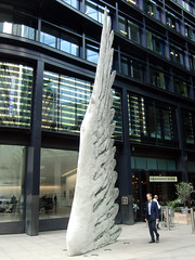 Sculpture on the Streets of the City of London, 6th August 2019 (3) (Phil Masters) Tags: london 6thaugust august2019 sculpture wing streetart cityoflondon