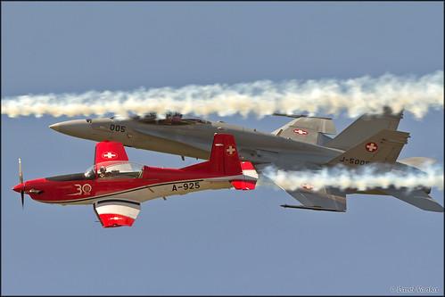 PC-7 Team + F/A-18C Hornet  Swiss Air Force