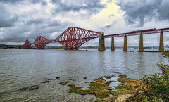 Forth Bridge (Fil.ippo) Tags: forthbridge ponte edinburgh edinburgo firthofforth scotland scozia unesco water acqua landscape clouds sky rail ferrovia filippo filippobianchi fuji xt2 treno train cantilever