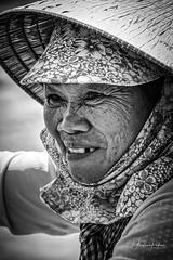 Portrait (fredericpecheux) Tags: portrait dame delta mekong vietnam asia asie nb bw canon 80d floating market happyplanet asiafavorites