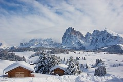 IMGP4159 Winter time (Claudio e Lucia Images around the world) Tags: alpe di siusi val gardena dolomiti snow winter mountains adler lodge ortisei sassolungo sassopiatto sky christ cross pentax pentaxk3ii pentaxcamera pentaxlens pentaxart cold unesco pentax18135 gröden sciliar clouds tree sella sellagroup snowstorm sunrise woods alpedisiusi valgardena
