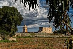 Cross and chapel (Ant Sacco) Tags: malta cross laferlacross annunciationchapel issalibtalgholja siggiewi