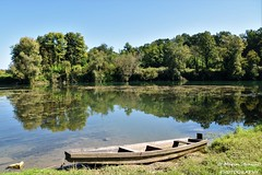 Levkušje, Croatia - Reflection&boat on river Kupa (Marin Stanišić Photography) Tags: croatia levkušje karlovaccounty river kupa reflection boat nikon d5500
