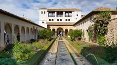 L'Alhambra de Grenade, Andalousie, Espagne, Spain - 2755 (rivai56) Tags: lalhambradegrenade andalousie espagne spain 2755 château castle lalhambra grenade saariysqualitypictures