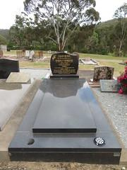 Scott Creek Cemetery - Grave of Harold Anderton Lightburn - 23/11/2019 (RS 1990) Tags: scottcreek cemetery adelaide australia southaustralia saturday november 23rd 2019 haroldanderton lightburn grave tombstone tomb restingplace haroldlightburn