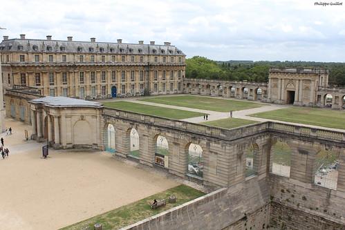 Vincennes : le Pavillon de la Reine et la Tour du Bois