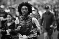 the elite (gro57074@bigpond.net.au) Tags: city2surf theelite f28 70200mmf28 nikkor d850 nikon august2019 bw monotone monochromatic monochrome mono blackwhite woman cbd sydney williamstreet street guyclift