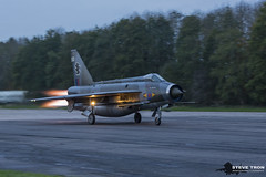 English Electric Lightning F.6 XS904 (Steve Tron) Tags: english electric lightning f6 xs904 coldwar raf