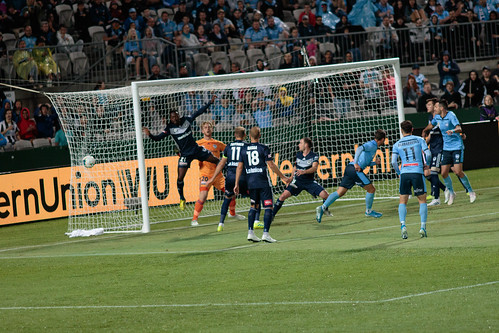 Sydney FC v Melbourne Victory Round 7-027.jpg