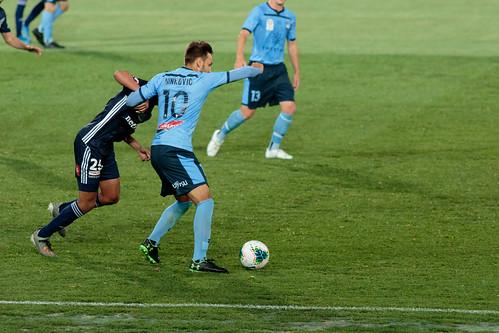Sydney FC v Melbourne Victory Round 7-032.jpg