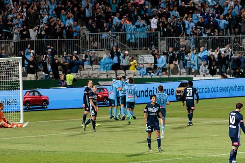 Sydney FC v Melbourne Victory Round 7-031.jpg