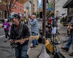 Chestnut Street, 2018 (Alan Barr) Tags: philadelphia 2018 marathon chestnutstreet musicians street sp streetphotography streetphoto color candid city people panasonic gx9