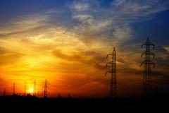 tralicci al tramonto (duegnazio) Tags: italia italy lazio roma rome duegnazio canon350d collatino tralicci tramonto cielo sky sunset controluce backlight