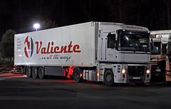 Nov 19 2019 beaconsfield Valicntc 6253 HMP (E) (jon L1049H) Tags: trucks renault valicentc