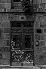 portal Casco Viejo (Samarrakaton) Tags: samarrakaton nikon d750 2470 bilbao bilbo bizkaia basquecountry paisvasco euskadi cascoviejo sietecalles byn bw blancoynegro blackandwhite monocromo 2019
