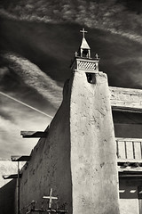 The Five Crosses (Robert_Brown [bracketed]) Tags: sanjosédegraciachurch trampas newmexico southwest church adobe old architecture robertbrown thesilvercityphotographer blackandwhite bw rokinon14mm rokinon missions spanish photo photography photographer