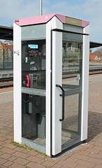 Strange relic (Schwanzus_Longus) Tags: stasfurt german germany 90s telecommunication public telephone phone booth grey gray pink magenta deutsche telekom train station telefonzelle