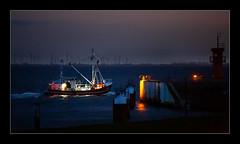 Have a good trip (Dieter Gora) Tags: krabbenkutter büsum night water ship harbour haven norddeutschland kutter canon hafen hafenausfahrt iso8000 5d