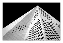 LA MECA (Jean-Louis DUMAS) Tags: black bw nb white noir blanc architecte architect architectural architecture noireblanc photos noretblanc bordeaux monochrome monument architecturale abstract abstrait blackandwhite bâtiment building blackwhite blackwhitephotos noiretblanc noirblanc