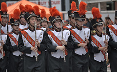 Tiger Marching Band (Scott 97006) Tags: band marching uniforms highschool parade plume hat