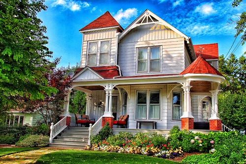Picton Ontario - Canada -  Queen Anne Architecture - Heritage House