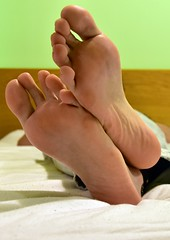 DSC_1001 (chrisftlvr) Tags: feet foot malefeet malefoot feetsoles boyfeet boyfoot malefootfetish cleanfeet guyfeet guyfoot guysoles gayfeet malefeetfetish piesmasculinos mostbeautifulfeet malesoles cleanfoot cleansoles chriscleanfeet