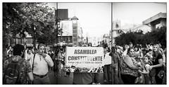 OCTUBRE CHILENO / Octubre Linarense (37) (ORANGUTANO / Aldo Fontana) Tags: chile regióndelmaule linares provinciadelinares movilizaciones marcha protesta manifestaciones blanconegro blackandwhite nikon nikond750 calle street protest aldofontana orangutano flickr gente people multitud crowd