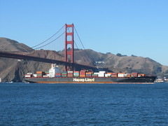 Golden Gate Bridge (kenjet) Tags: norcal california sanfrancisco goldengatebridge bridge bay containers container ship boat hapaglloyd vessel shipping