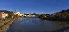 Sonniger November in Passau (Helmut Reichelt) Tags: november sonnig herbst passau dom altstadt innstadt mariahilf fluss inn innsteg wasser spiegelung stadt niederbayern bavaria deutschland germany leica leicam typ240 captureone12 colorefexpro4 leicasummilux35mmf14asphii panorama