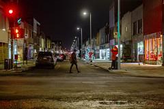 Samedi soir sur la Plaza / Saturday night (Jacques Lebleu) Tags: nuit rue montréal plaza marcheuse magasins sthubert roidusmokedmeat