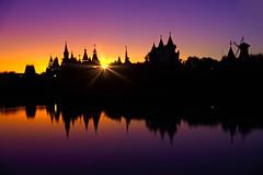 Evening light (prokhorov.victor) Tags: вечер закат солнце город озеро отражение свет атмосфера кремль архитектура